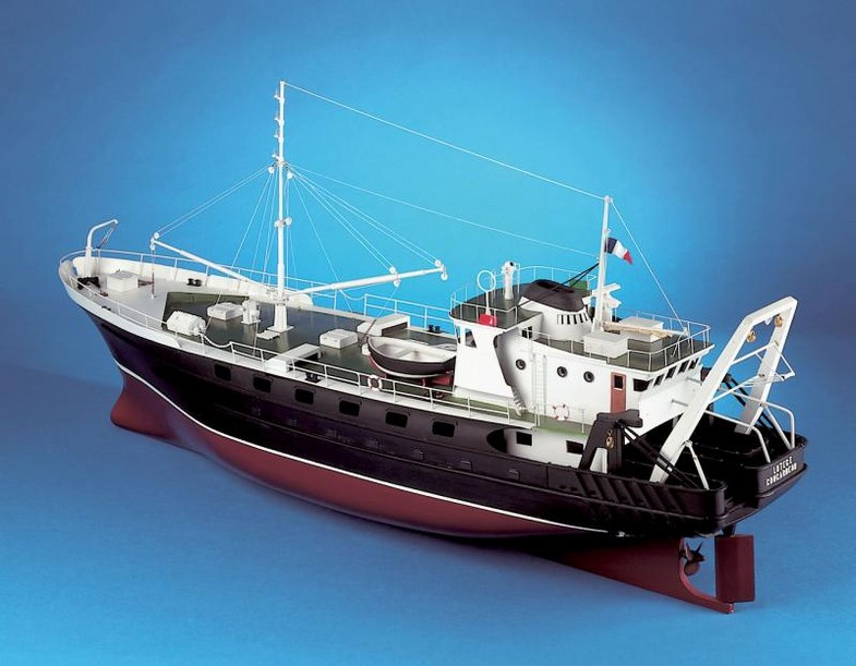 large rc model ships with Maquette Bateau Navigante Chalutierlutece on Modelboats together with Watch also Maquettes Bateaux Heller Revell as well 10 Dont Miss Keys Cultural Celebrations likewise Maquette Bateau Navigante Chalutierlutece.
