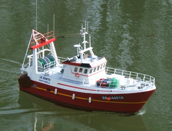 bateau de peche le zenith