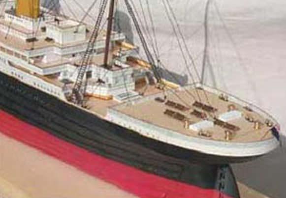 maquette bateau bois le titanic. Black Bedroom Furniture Sets. Home Design Ideas
