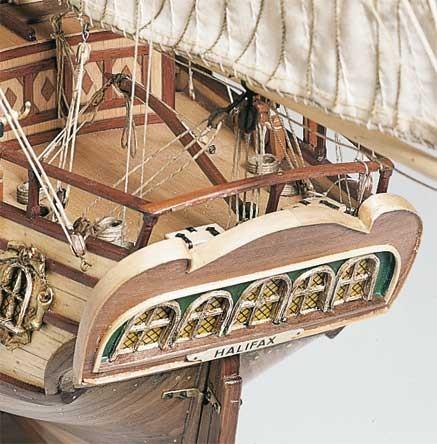 Maquette bateau en bois : Halifax Constructo  Magasin de Jouets pour Enfants